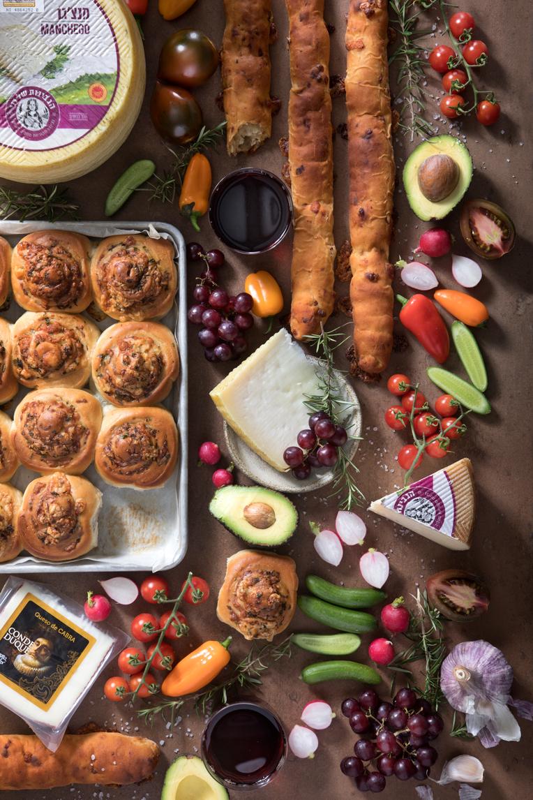 מאפה מקל גבינה – פלוט ספרדי