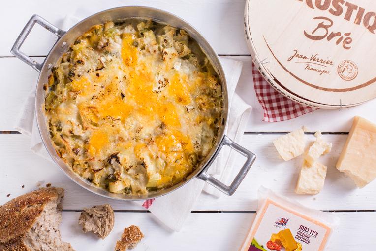 שקשוקה עם גבינות וכרישה