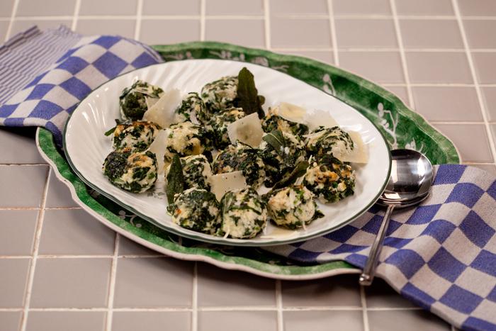 מלפטי –  כופתאות גבינה ותרד איטלקיות